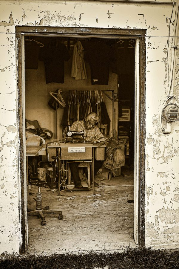 Frame in photography - tailor workshop in Belize