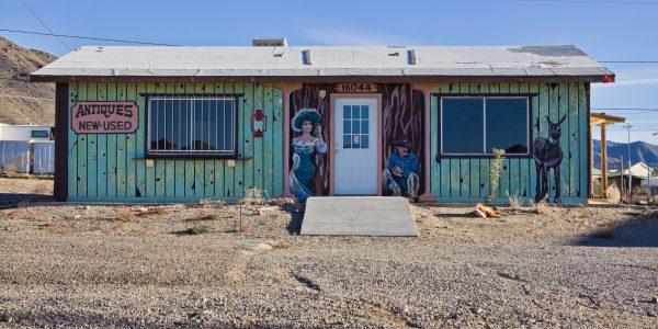 Wildwest shop murals