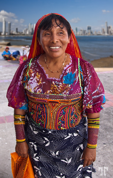 Kuna woman wearing a traditional dress, decorated with Molas