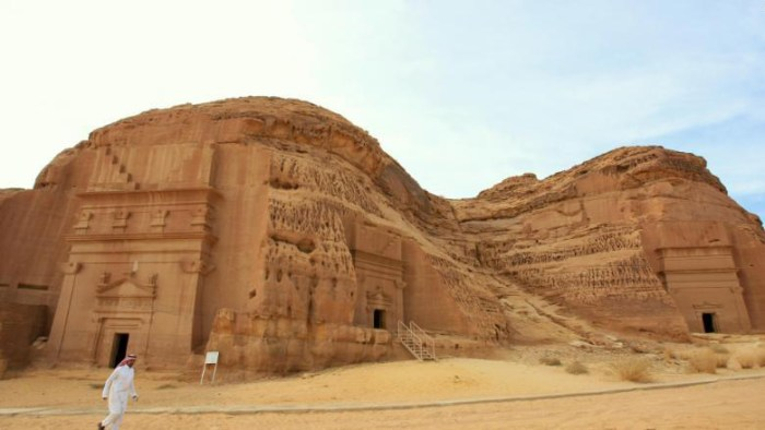 Hajj packages, cheap umrah packages, last minute flights to medina, hotels booking in medinah, hotels booking in mecca, umrah packages with Hotel, Umrah Packages With Flights, madâin sâlih, Historical Places In Saudi Arabia, Places to visit in Medinah, Places To Visit In Mecca, Places To Visit In Jeddah, Places To Visit In Riyadh, Tourism, Travel, History, Saudi Arabia History, Must Visit Places In Saudi Arabia, Kaaba in Mecca Saudi Arabia, umrah packages, how to do umrah, umrah tips, flight to medina, cheap flights to medina, Madain Salih,