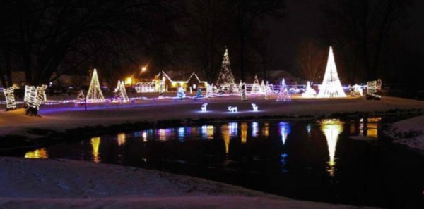Sparta Holiday Lights | Travel Wisconsin