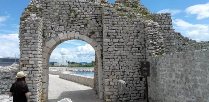 Gate from Nin to the salt factory, Croatia