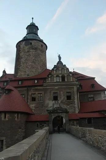 zamek czocha entrance