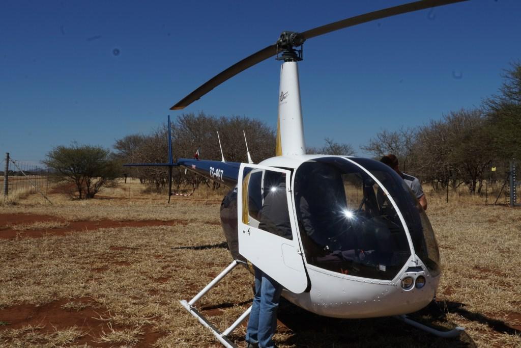 darten vanuit een helicopter  Vets and Wildlife Zuid-Afrika