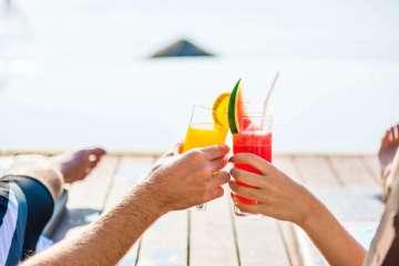 Drinking Cocktails on the beach - best beach bars in Australia