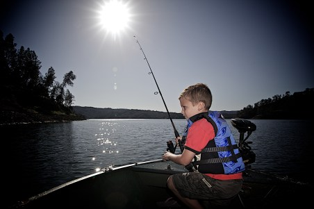 South Australia has some of the best fishing spots in Australia! Find your local boat licence course so you can take the family out safely and start catching' some!