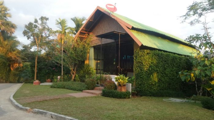 Reception in Khao Sok Boutique Camps