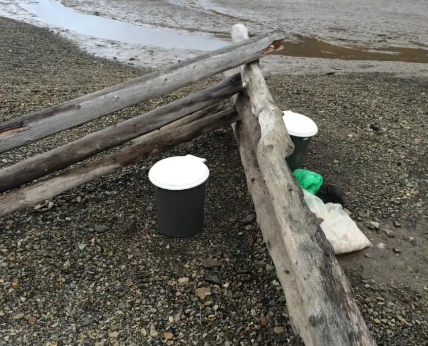 i bagni delle donne e degli uomini alle Svalbard