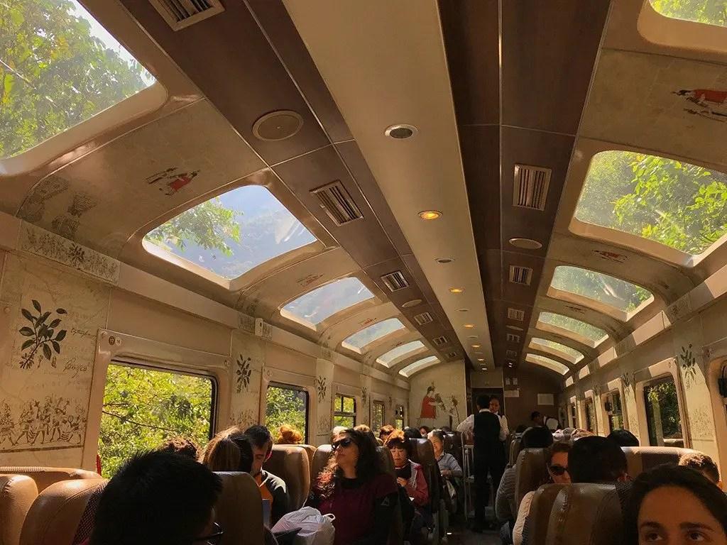 Interno panoramico del treno