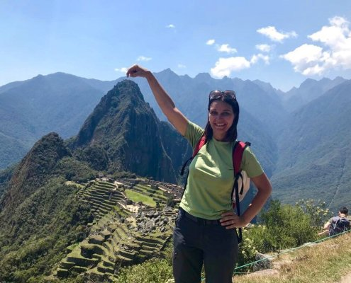 Machu Picchu con un dito