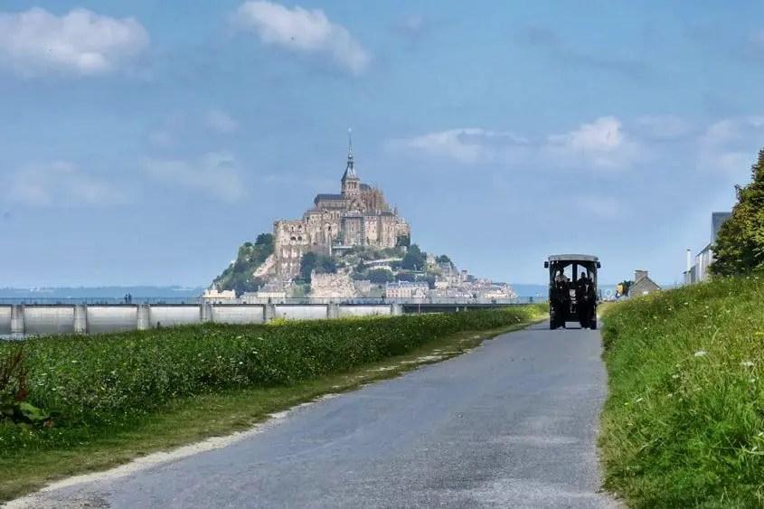 Mont Saint Michel di giorno