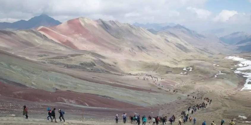 montagna arcobaleno discesa