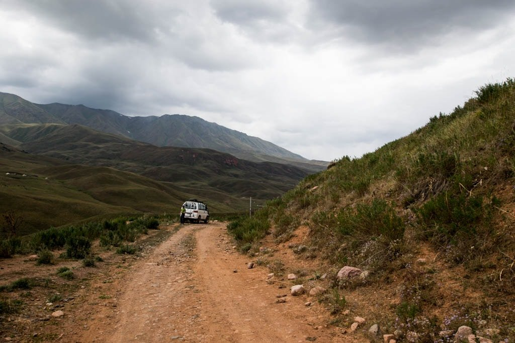 condizioni delle strade in Kirghizistan