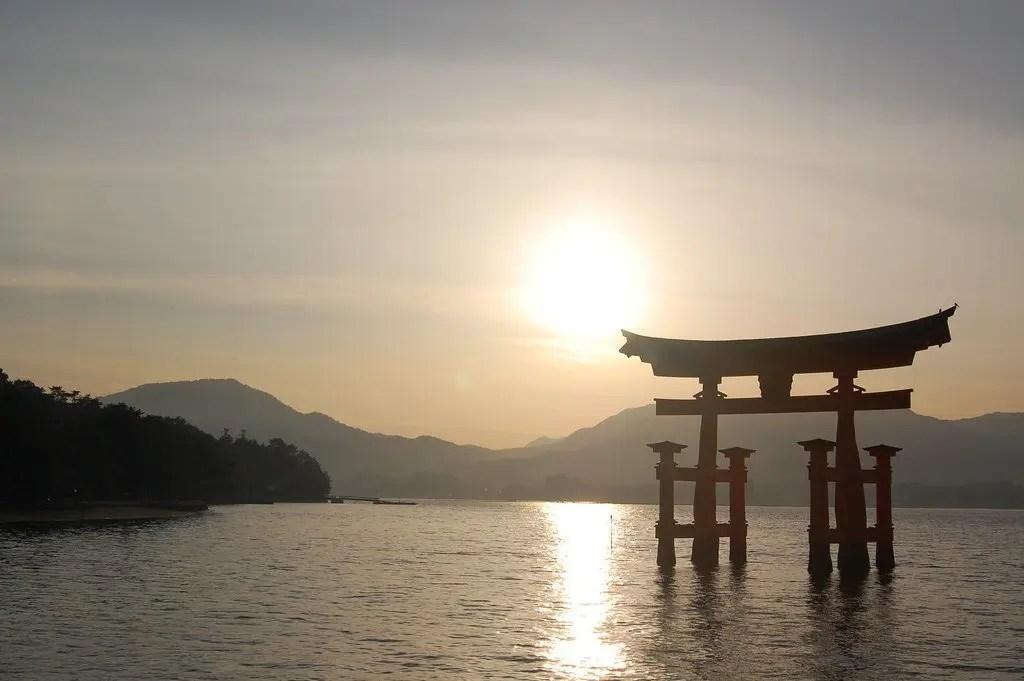 mijajima, il torni più fotografato nel nostro viaggio in Giappone