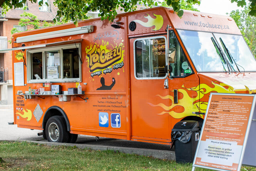 Fo'Cheezy Food Truck in Kitchener During the Summer of 2020