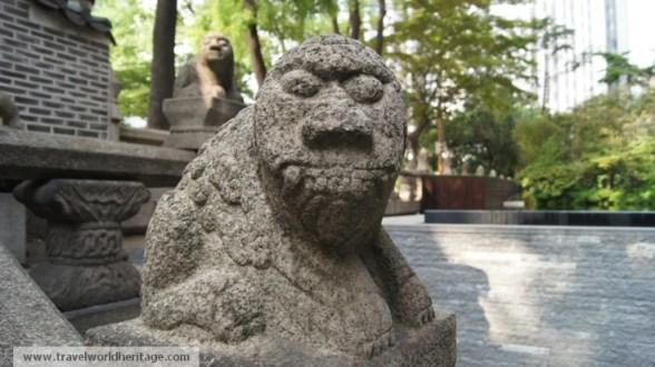 Hwangudan Altar Statue