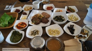 The necessary banchan! (side dishes)