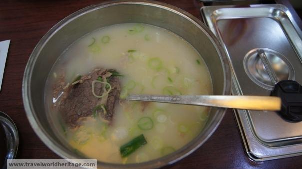 Seolleongtang - Korean food