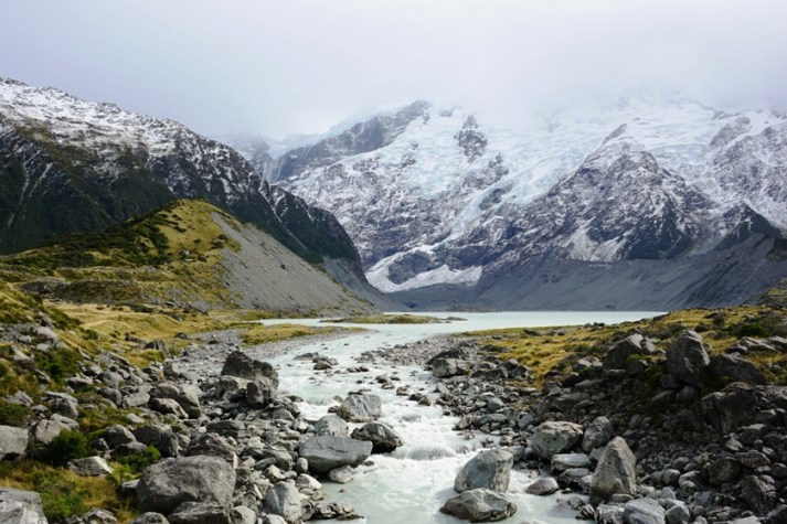 Mount Cook and its glacier in the background were just amazing.
