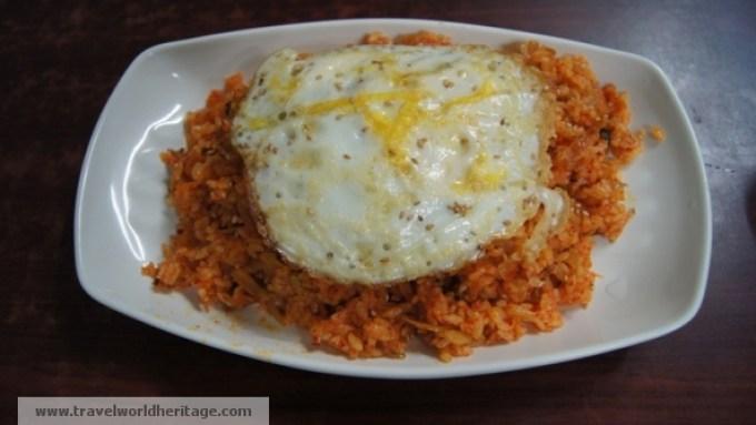 Korean Food - Kimchi Beoggeumbap
