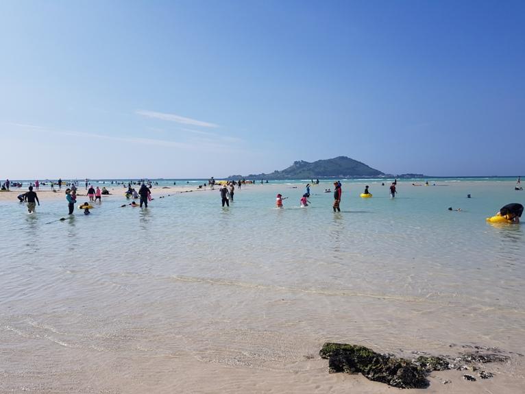 Jeju Geumneung Beach