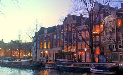 """A Bright City,"" Amsterdam's Light Festival"