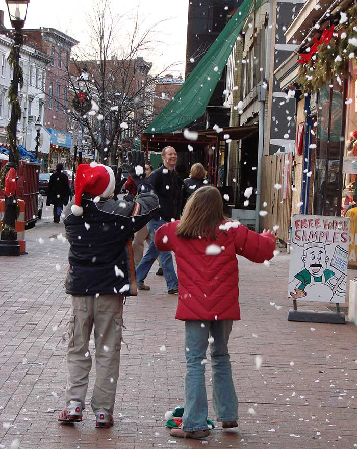 Snow on Main Street, Annapolis Maryland