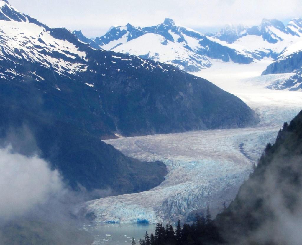 Alaska-Mendenhall Glacier2