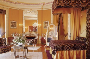 Edith Vanderbilt's Bedroom. Photo credit: The Biltmore Company