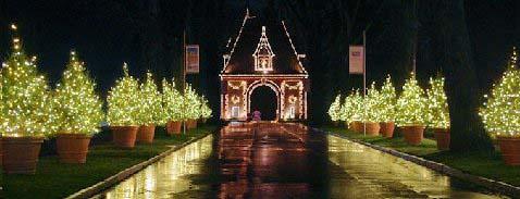 Biltmore Estates at Christmas. Photo Credit: RomanticAsheville.com Travel Guide