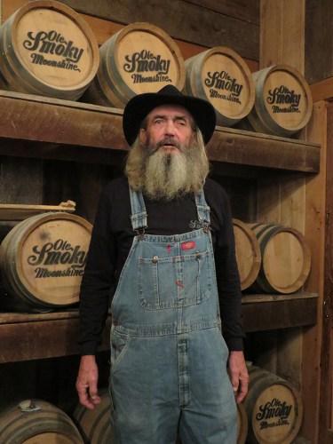 Bruce Whaler-Ole Smokey distiller