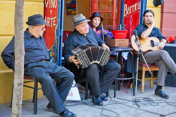 Cafe band in La Boca barrio