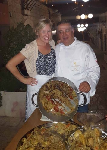 Kristin Winet & Moshe Basson cooking Maqluba