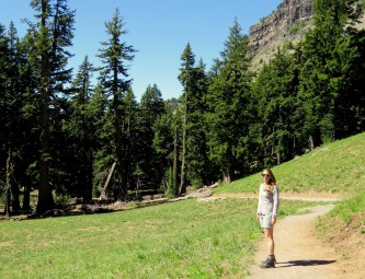 Crater Lake Hiking Trail