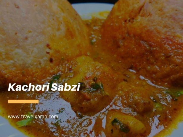 Kachori Sabzi