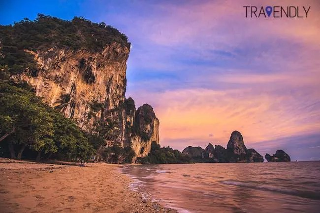 Sunset on Tonsai Beach
