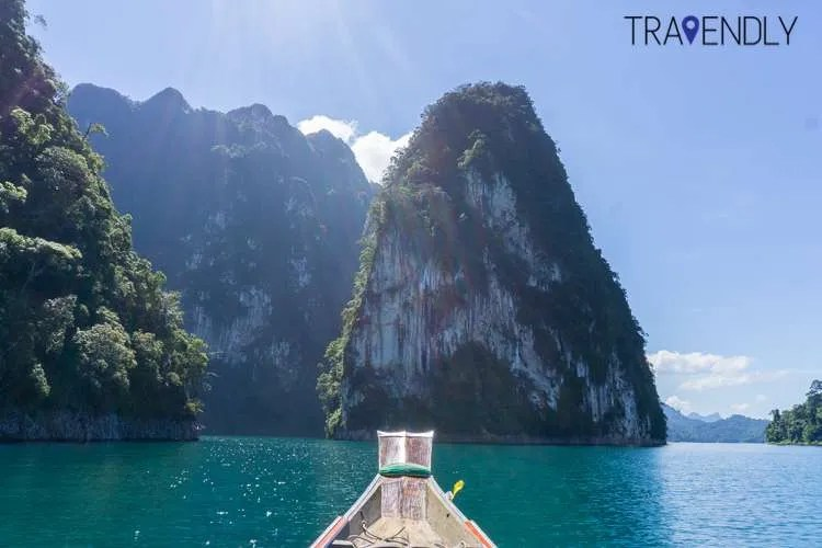 Long boating through Khao Sok