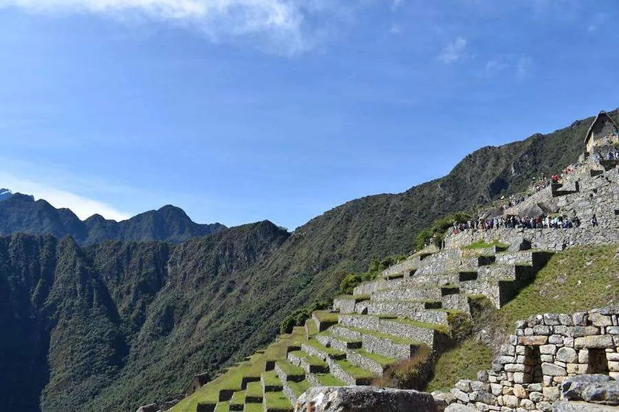 Lines of people at Machu Picchu