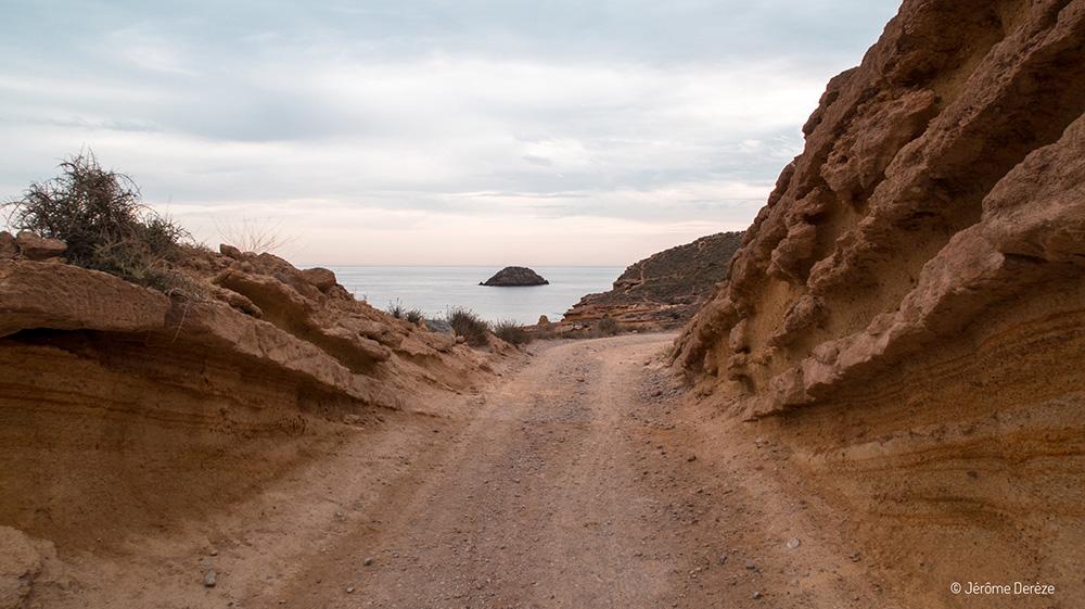 Voyager en solo en Espagne - Visiter Bolnuevo en Murcie