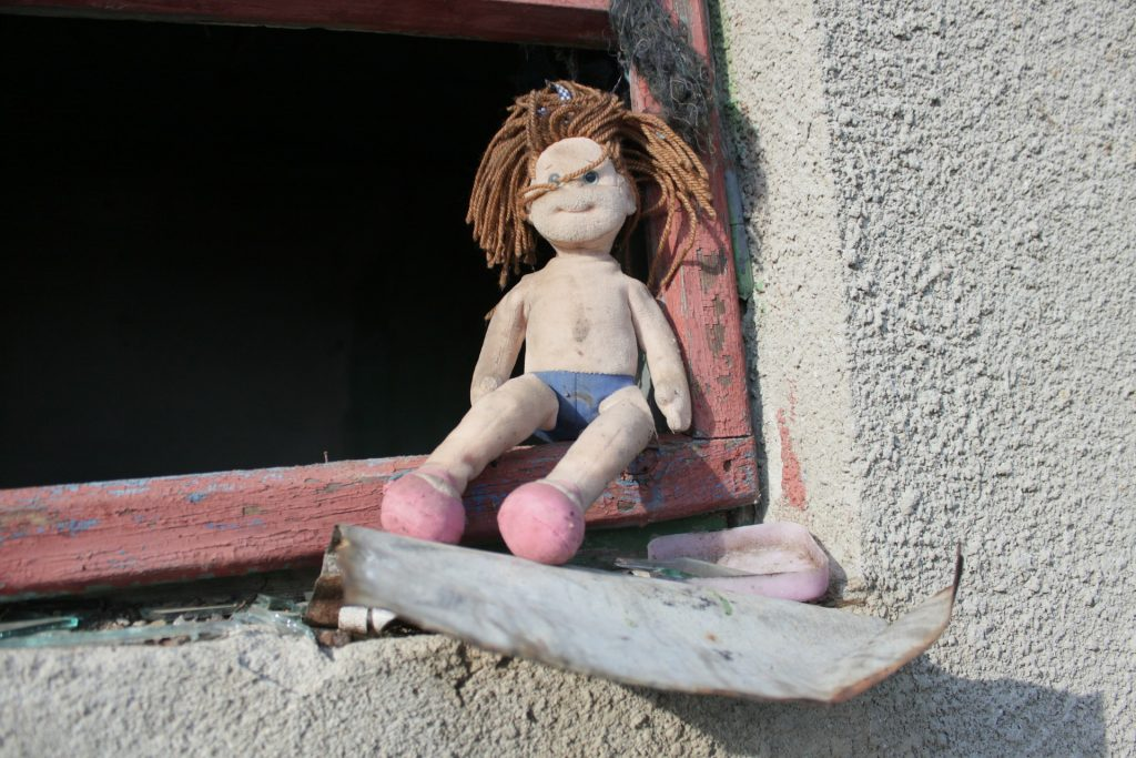 doll-87407_1920