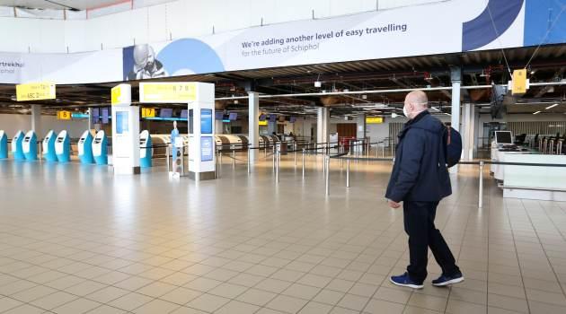 Verplichte sneltest voor reizigers uit UK en Zuid-Afrika