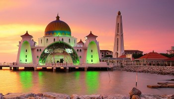 Top 12 Places to Visit in Malaysia | Trawell Blog