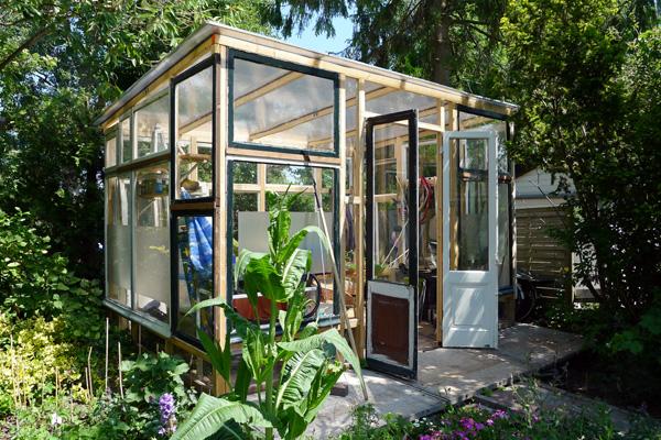 2015-06-tuinhuis-en-kas-1
