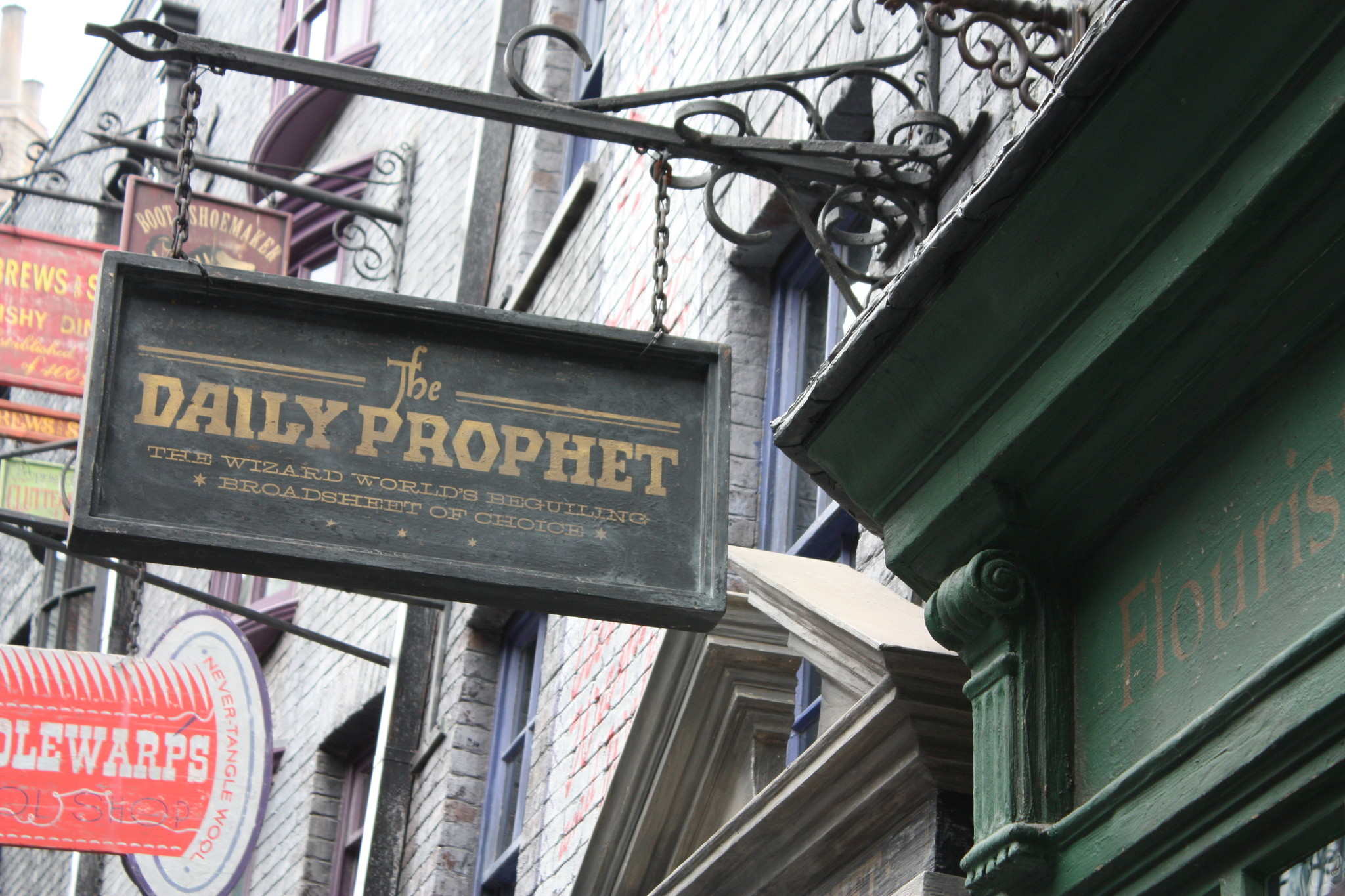 Pictures The Signage Of Diagon Alley Orlando Sentinel
