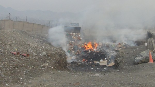 U.S. troops in Afghanistan sent waste to open burn pits ...