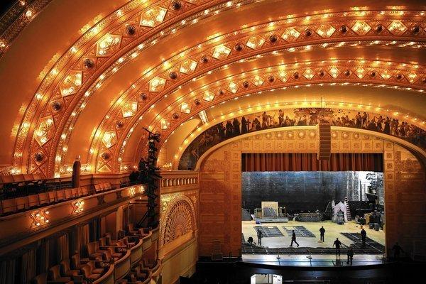 Auditorium Theatre At 125 Still An Architectural Gem