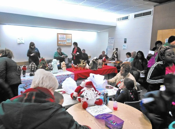 Brooklyn Park: Senior care group delivers gifts to local ...