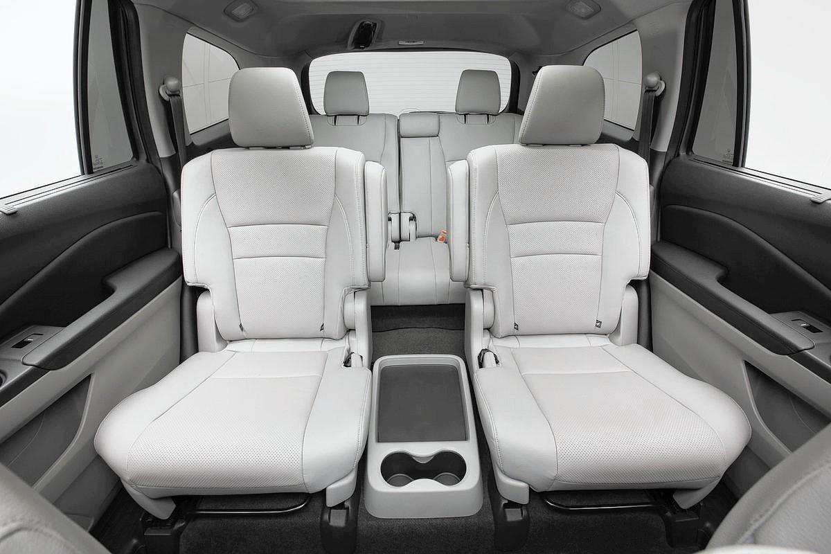 2016 SUVs With 3 Rows Chicago Tribune