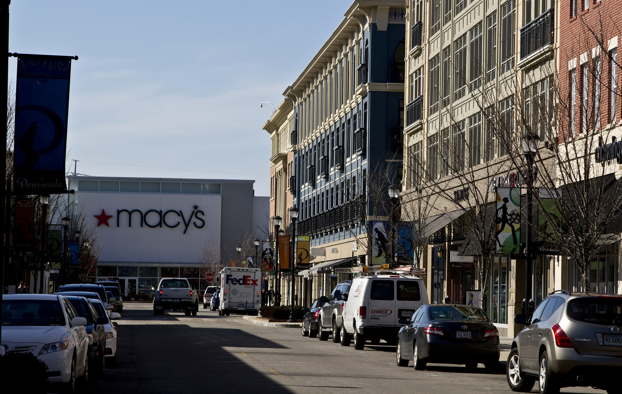 Macys Plans To Close Peninsula Town Center Store Daily