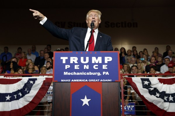 Donald Trump's latest gift to Hillary Clinton - Chicago ...